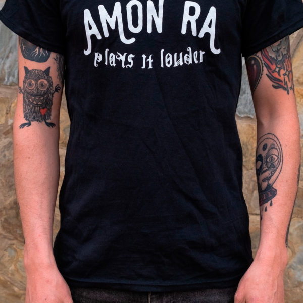 Camiseta Amon Ra - Plays it louder