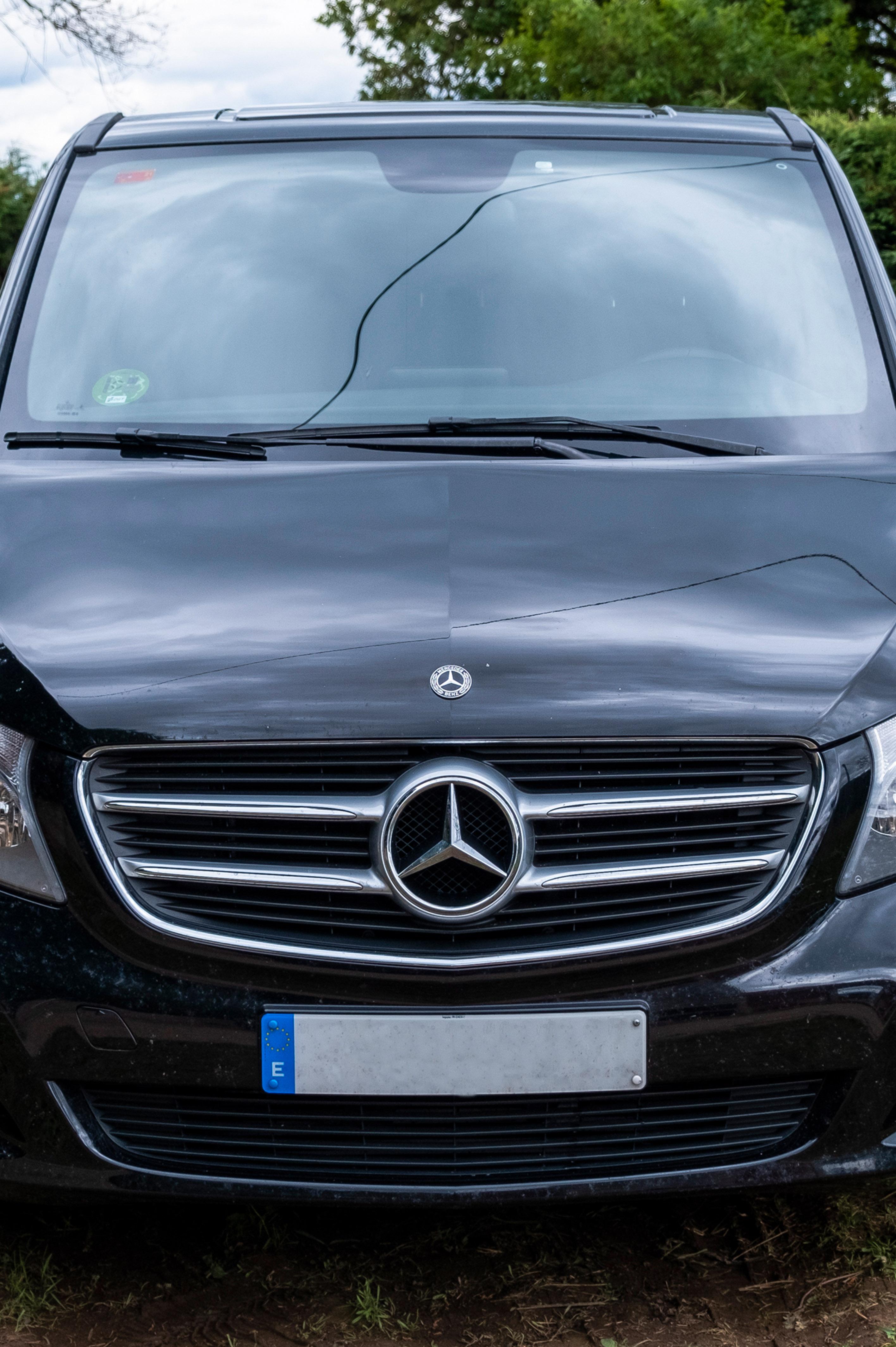 Mercedes V 200D Delantera